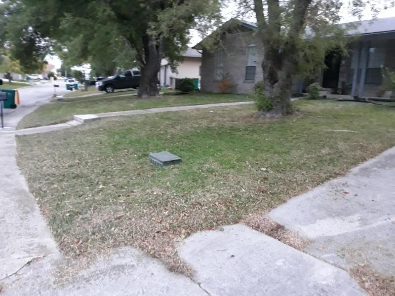 Yard mowing company in San Antonio, TX, 78239