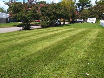 Yard mowing company in Chesapeake, VA, 23323