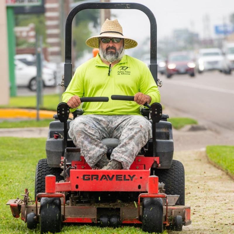 Yard mowing company in Mc Allen, TX, 78501