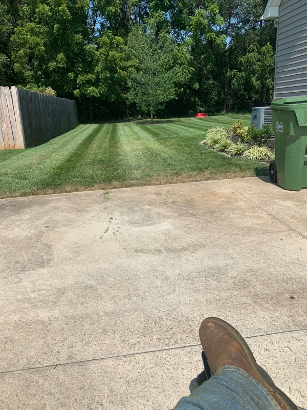 Yard mowing company in Bessemer City, NC, 28016