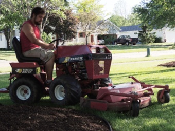 Yard mowing company in Sheffield, OH, 44054