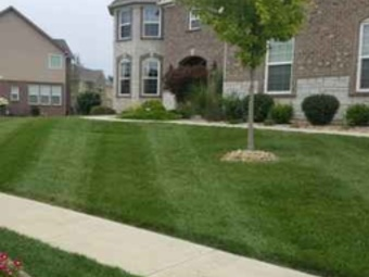 Yard mowing company in Brownsburg, IN, 46112