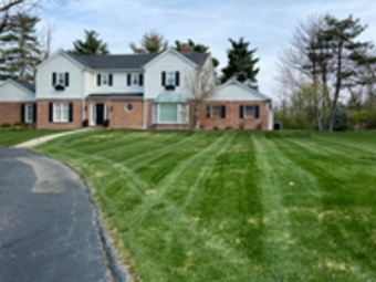 Yard mowing company in University City, MO, 63390