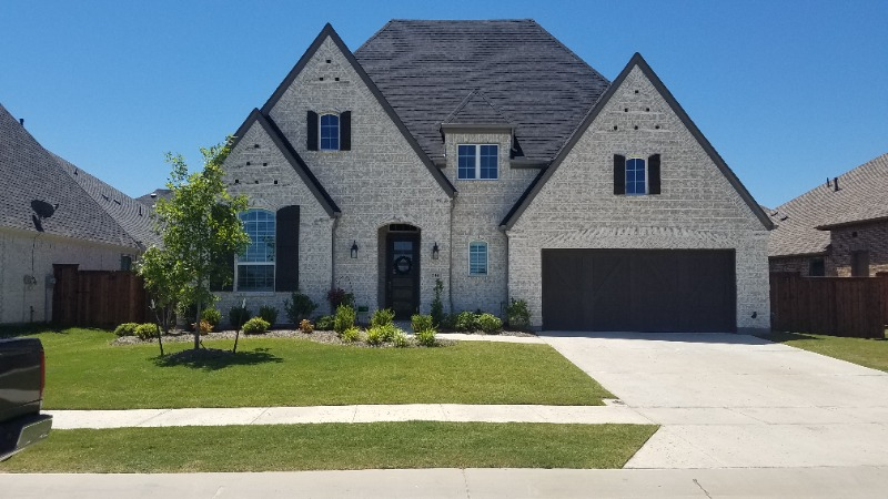 Yard mowing company in Fort Worth, TX, 76117