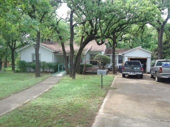 Yard mowing company in Fort Worth, TX, 76119
