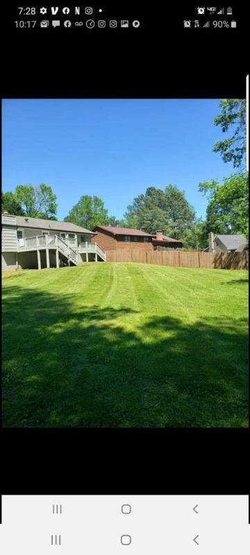 Yard mowing company in Flowery Branch, GA, 30542