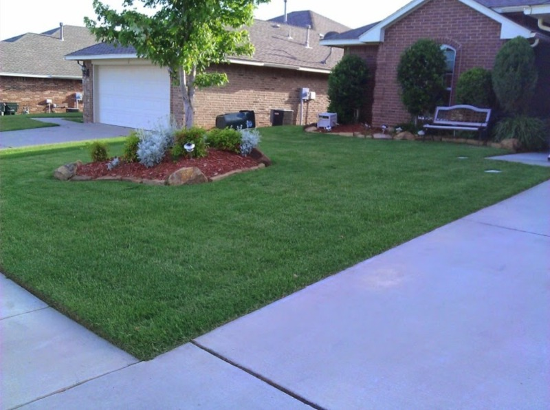 Yard mowing company in Midwest City, OK, 73130