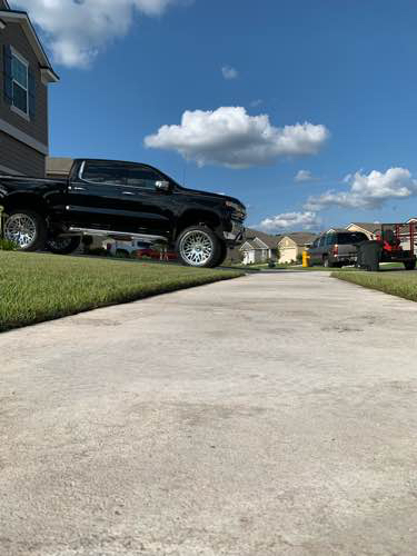 Yard mowing company in Jacksonville, FL, 32222