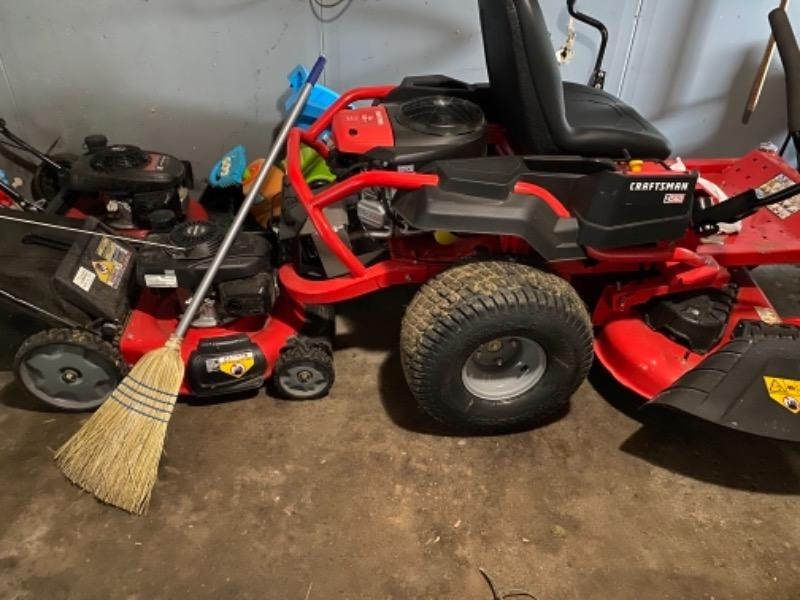 Yard mowing company in Davenport, IA, 52806