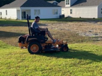 Yard mowing company in Wilmington, NC, 28411