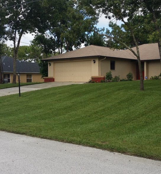 Lawn Care Service in Spring Hill, FL, 34606