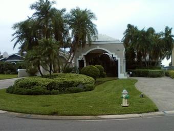 Lawn Care Service in Largo, FL, 33772