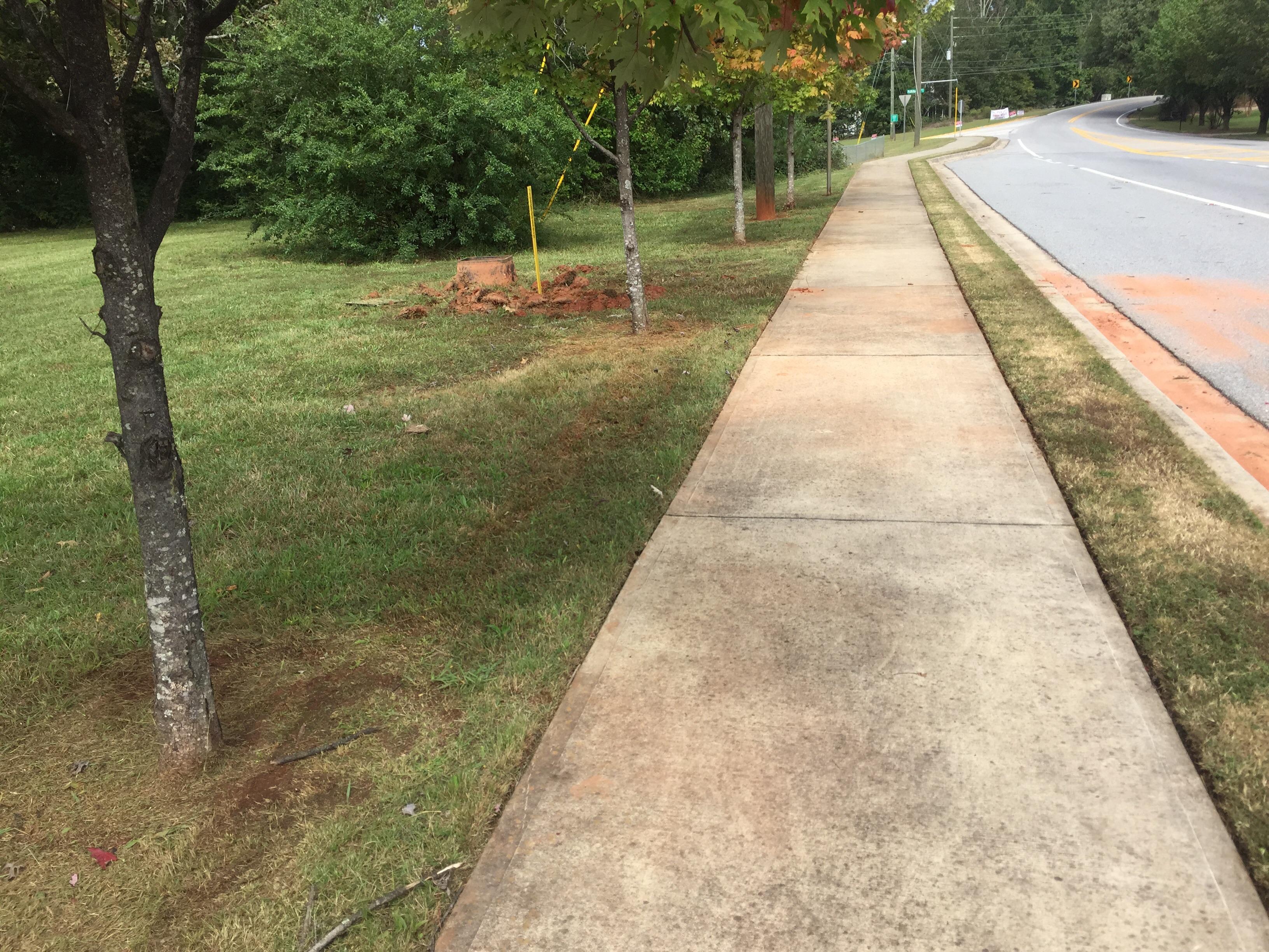 Lawn Care Service in Lawrenceville, GA, 30043
