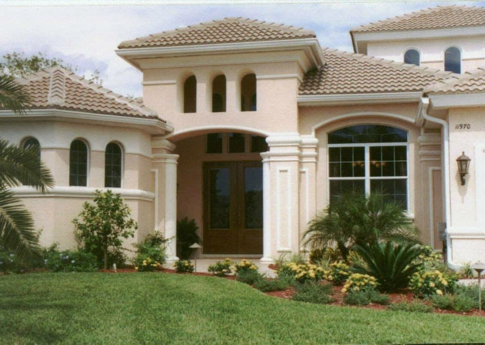 Lawn Care Service in Naples, FL, 34120