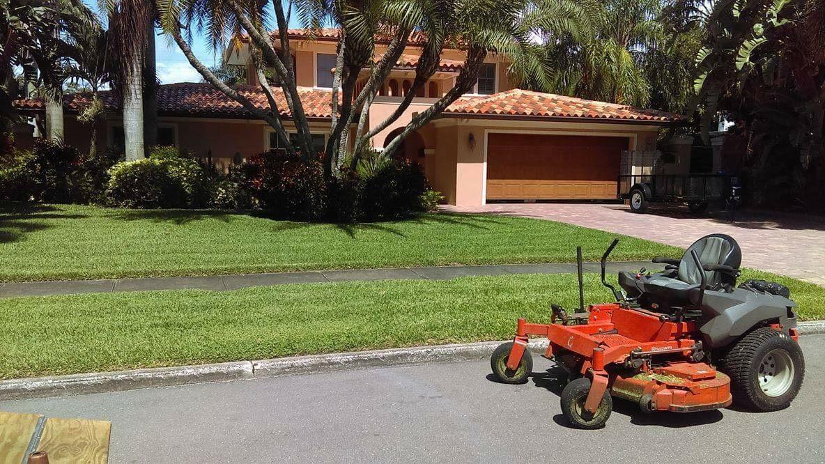 Lawn Care Service in Pinellas Park, FL, 33781
