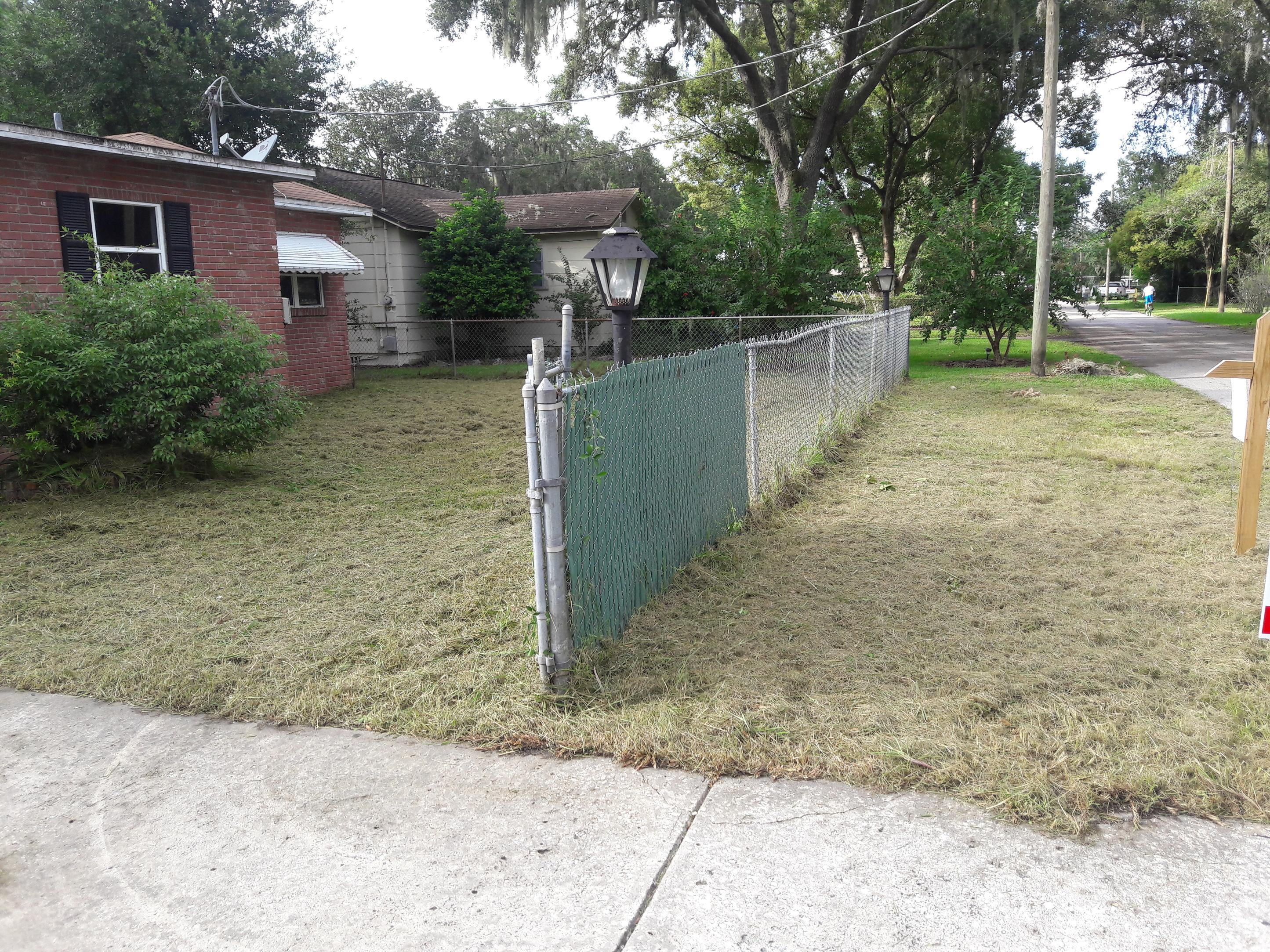 Lawn Care Service in Plant City, FL, 33566