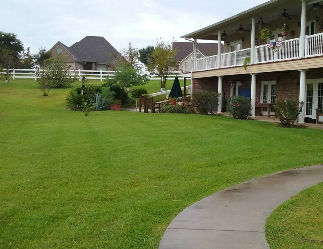Lawn Care Service in Richmond, TX, 77406