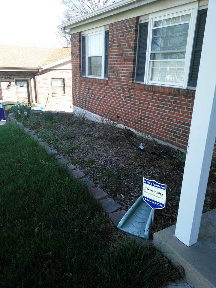 Lawn Care Service in St Louis, MO, 63114