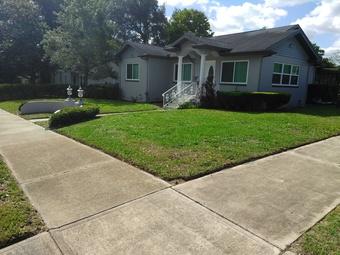 Lawn Care Service in New Port Richey, FL, 34653