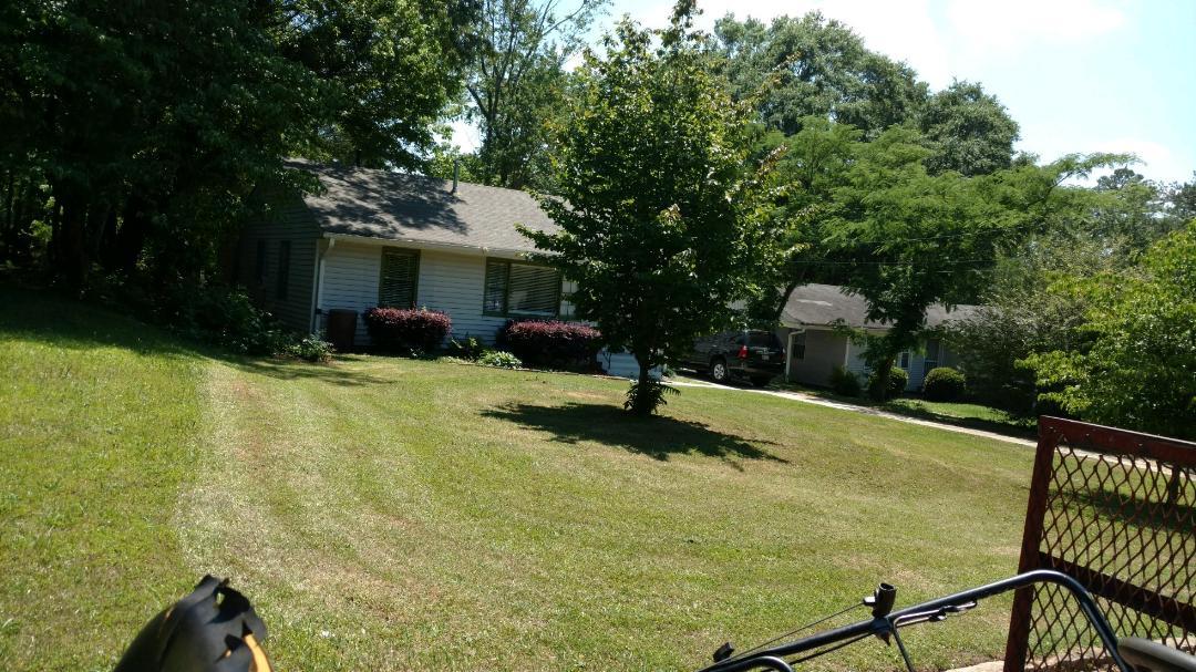 Lawn Care Service in Newnan, GA, 30263