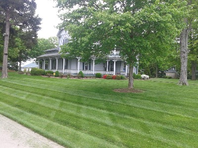 Lawn Care Service in Clarksville, TN, 37042