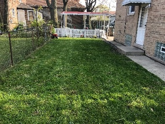 Lawn Care Service in Chicago , IL, 60628