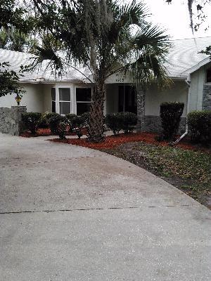 Lawn Care Service in Spring Hill, FL, 34611