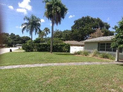 Lawn Care Service in Belleair, FL, 33756