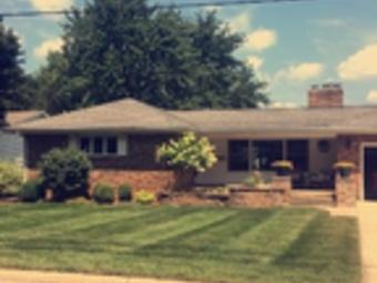 Lawn Care Service in Woodstock, IL, 60098