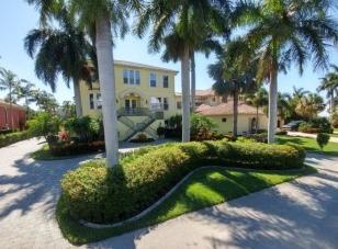 Lawn Care Service in Estero, FL, 33928