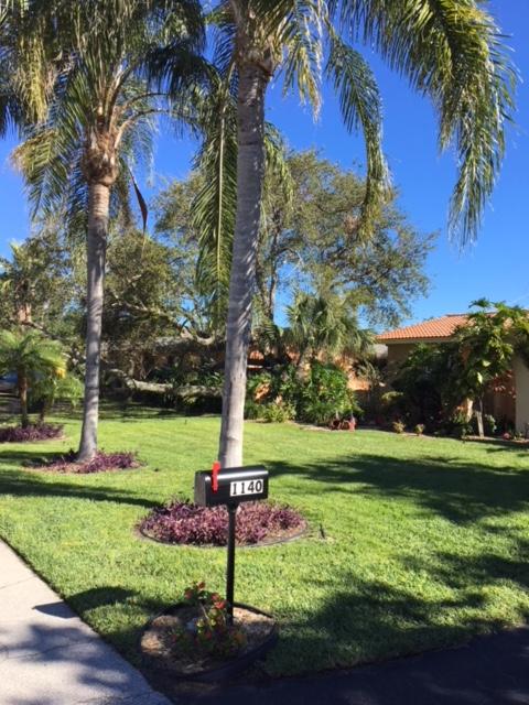Lawn Care Service in Delray Beach, FL, 33445