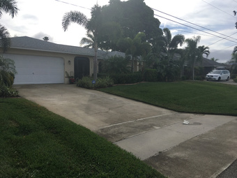 Lawn Care Service in N. Fort Myers, FL, 33918