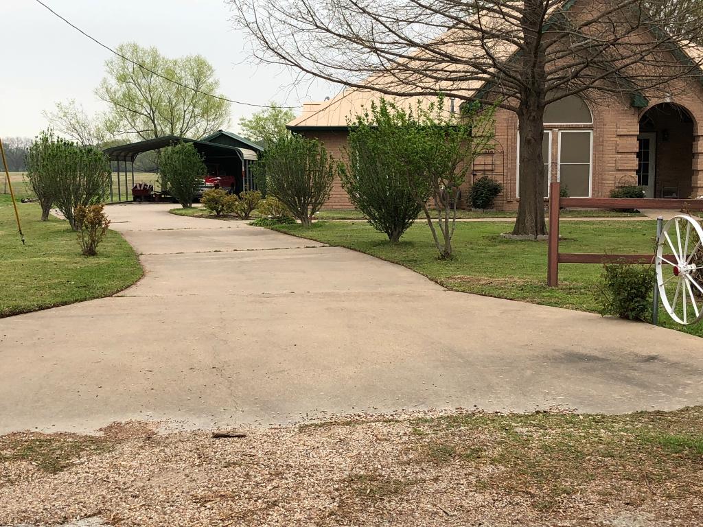 Lawn Care Service in Burleson , TX, 76028