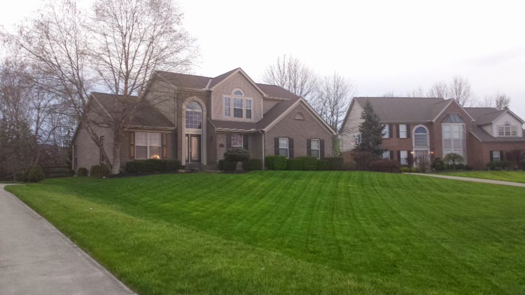 Lawn Care Service in Highland Heights, KY, 41076