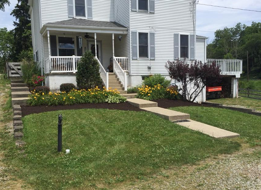 Lawn Care Service in Oakdale, PA, 15071