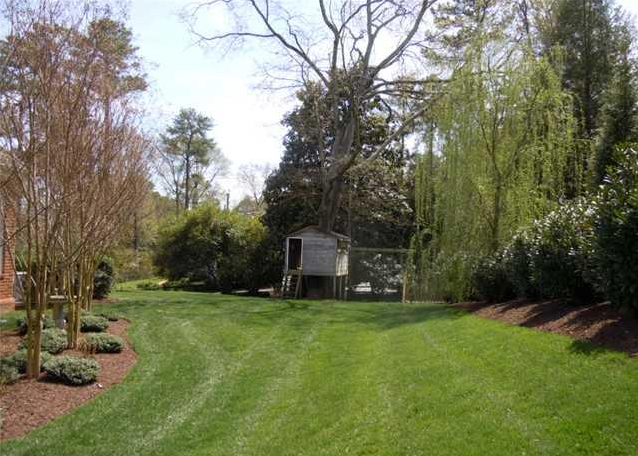 Lawn Care Service in Kansas City, MO, 64119