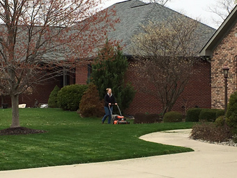 Lawn Care Service in Franklin , IN, 46131