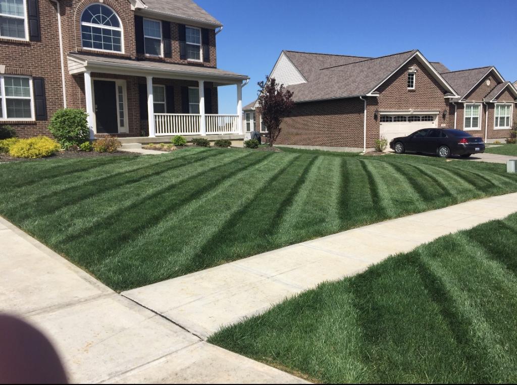 Lawn Care Service in Hamilton, OH, 45013