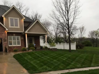 Lawn Care Service in Liberty, MO, 64068