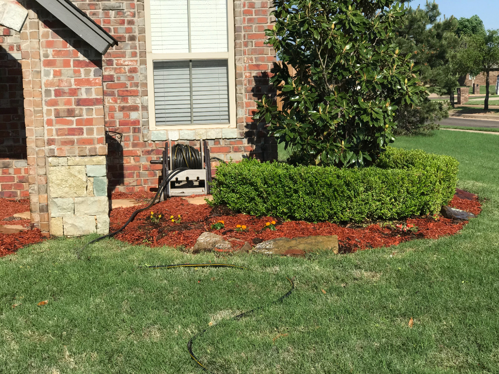 Lawn Care Service in Edmond, OK, 73012