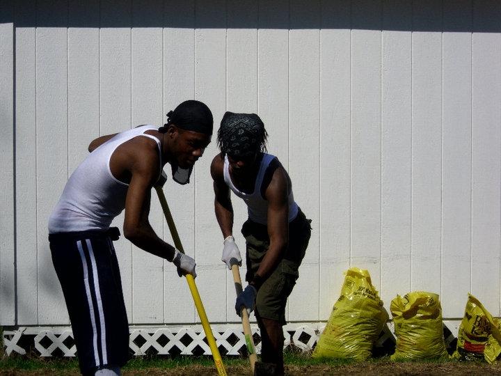 Lawn Care Service in Greensboro, NC, 27406