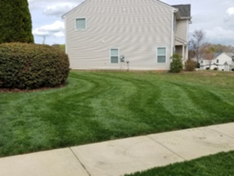 Lawn Care Service in Bessemer City, NC, 28016