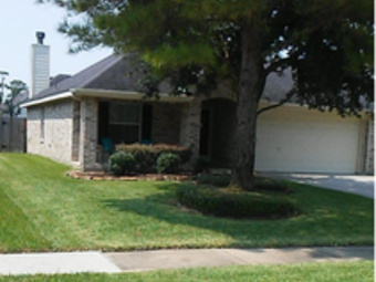 Lawn Care Service in Houston, TX, 77026