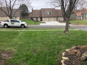 Lawn Care Service in Kansas City, MO, 64110