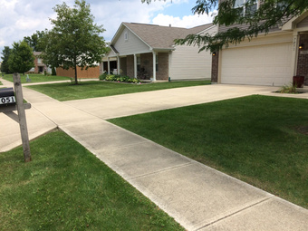 Lawn Care Service in Indianapolis , IN, 46236