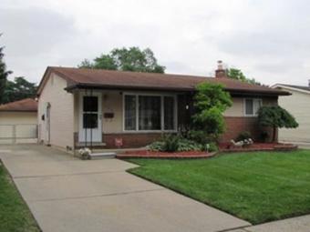 Lawn Care Service in Detroit, MI, 48208