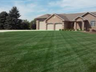 Lawn Care Service in Bedford, TX, 76022