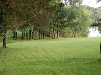 Lawn Care Service in Bell Buckle, TN, 37020