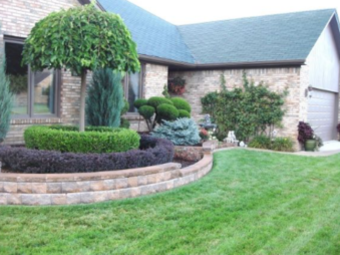 Lawn Care Service in Chicago, IL, 60623