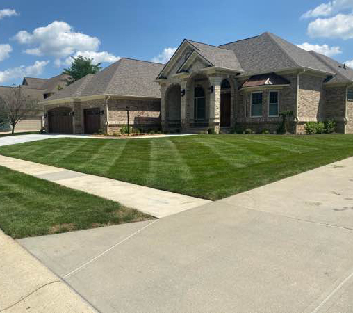 Lawn Care Service in Indianapolis, IN, 46234